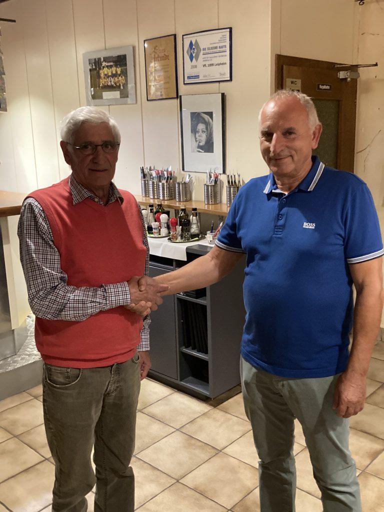 Paco wird VfL-Ehrenmitglied